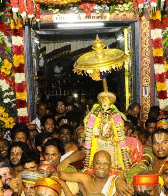 வைகுண்ட ஏகாதசி திருவிழா ! பெரம்பலூர் மாவட்டத்தில் லட்சக்கணக்கானோர் கலந்து கொண்டனர்.
