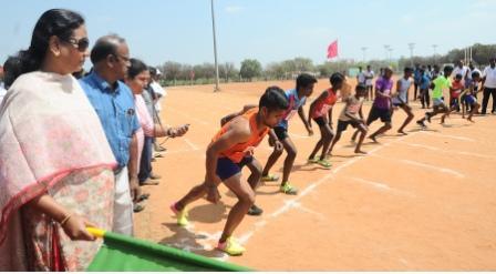பெரம்பலூரில் முதல்அமைச்சர் கோப்பைக்கான விளையாட்டுப்போட்டிகள்: 1350 பேர் பங்கேற்பு
