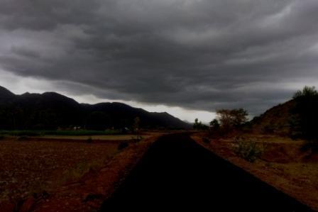 பெரம்பலூர் மாவட்டத்தில் பல்வேறு இடங்களில் கோடை மழை பெய்தது!